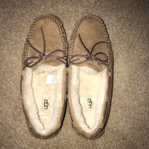 UGG Shoes for girls/woman